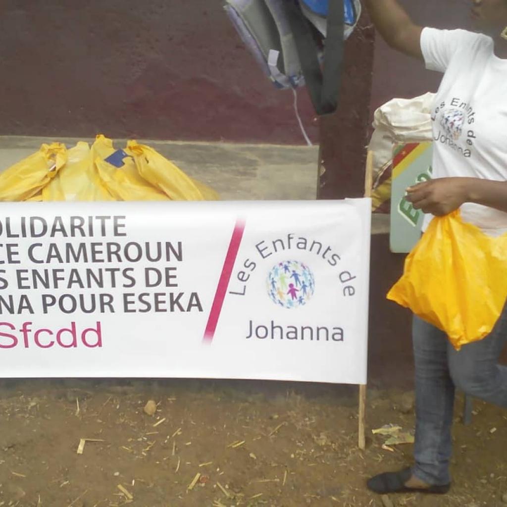 Participation à la remise de don solidarité France Cameroun et les enhants de Johanna à Song MATIP Eseka